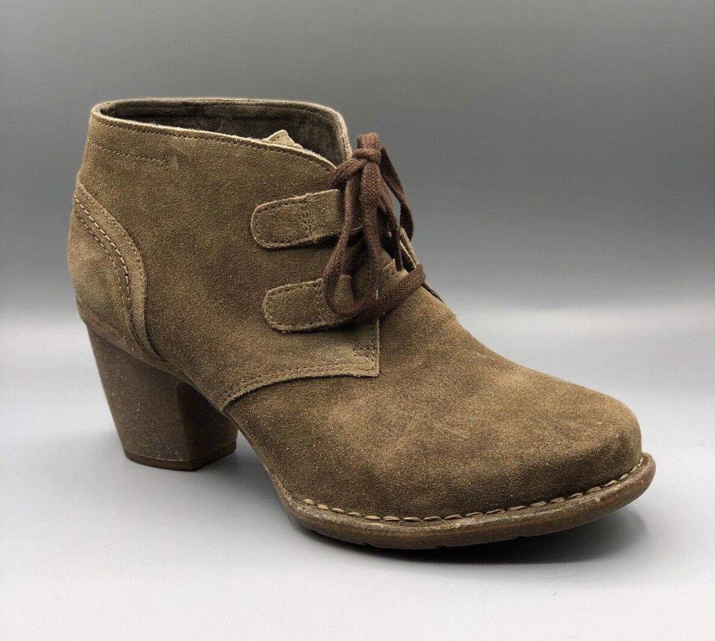 NEW Clarks  Carleta Carleta Carleta Lyon  Ladies Khaki Suede Ankle Boots   Heels UK 7 D f45a50