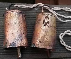 2x campanas vieja hermosas oxidada templo vaca tíbet NEPA l campana de metal 11x5 cm  </span>