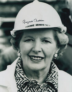 Margaret-Thatcher-Hand-Signed-Prime-Minister-Photo-10x8-Very-Rare