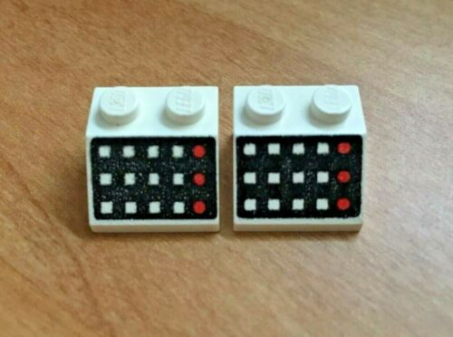 LEGO 2x Lot 3039p32 White Slope Brick 45 2x2 w// 12 Buttons 6953 4020 6990 6972