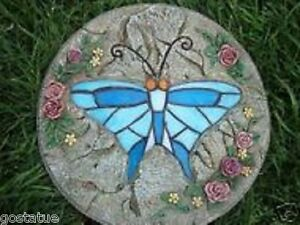 Plastic-butterfly-plaque-mold-plaster-or-cement-mould