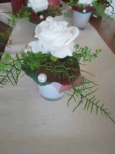 Tischdeko hochzeit ehrenplatz deko rosen foamrosen taufe for Deko fa r kommunion