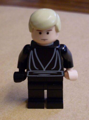 Lego Star Wars Luke Skywalker Jedi Knight Ritter mit schwarzer Hand Figur Neu