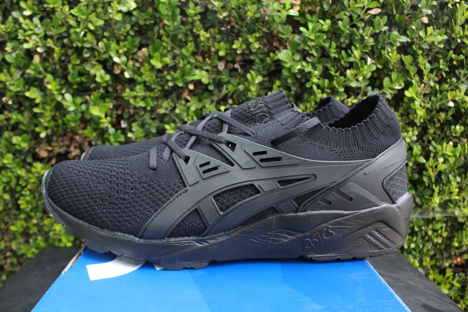 ASICS GEL KAYANO TRAINER KNIT SZ 12 TRIPLE noir H705N 9090