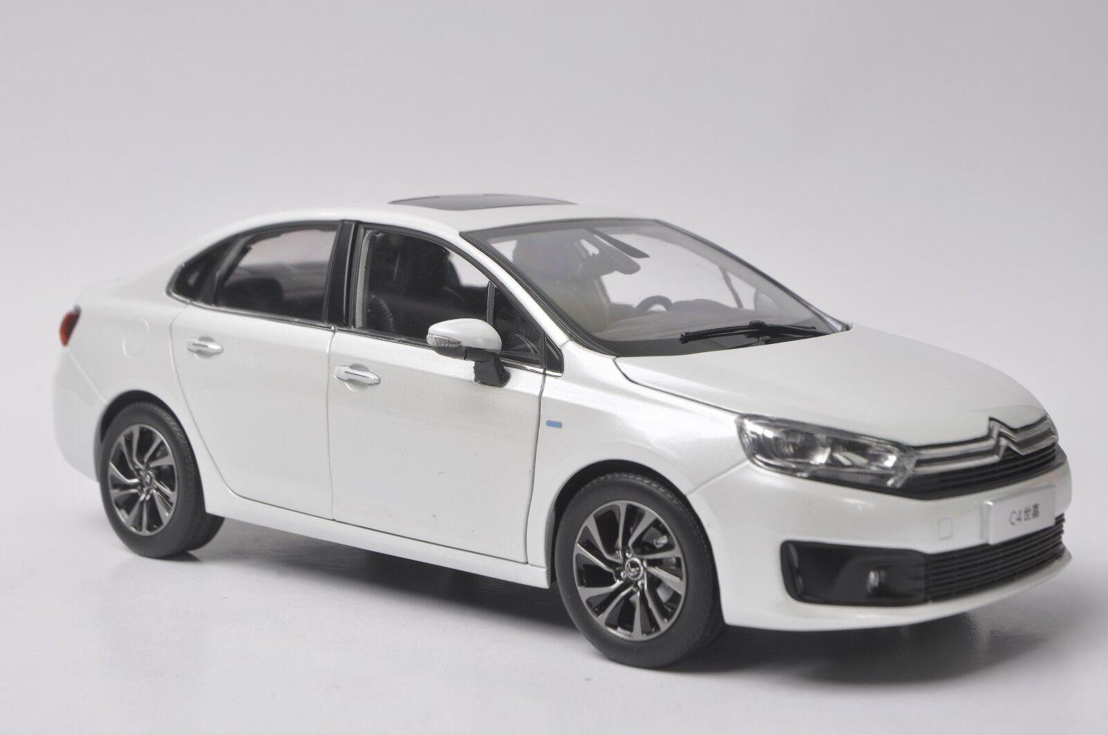 Citroen c4 2016 auto - modell im maßstab 1,18 Weiß