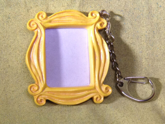 Friends, Monicau0027s Famous Peephole Door Frame Necklace And Key Chain, Very  Cool