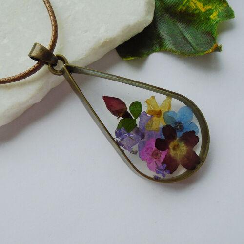 Glas Blüte Blume gelb blau rosa lila Design Anhänger Amulett Kette Halskette neu