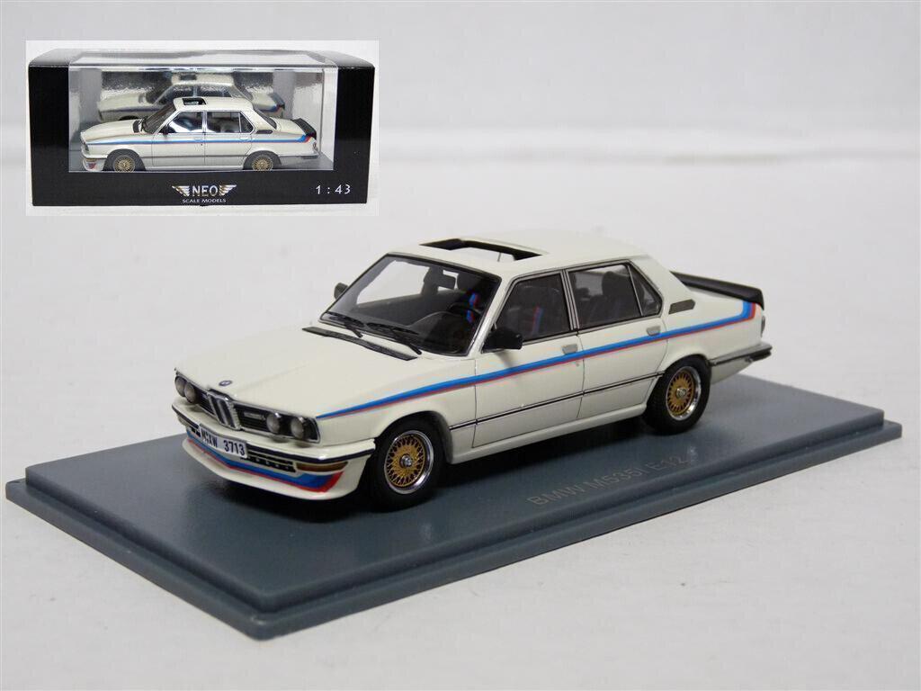 Neo 43470 1 43 1979 BMW M535i E12 Resin Model Car