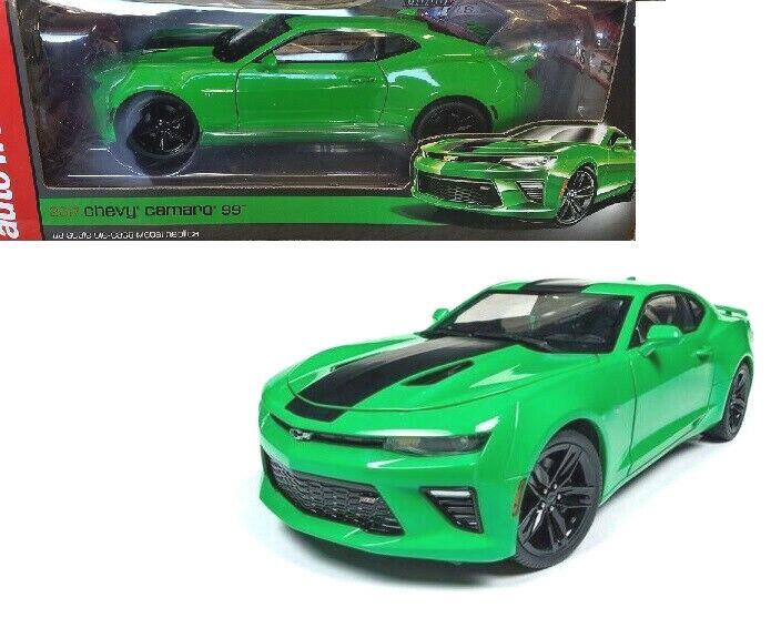 Auto World 1 18 2017 Chevrolet Camaro SS Diecast Modelo Coche verde AW244