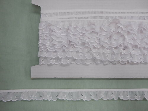 Broderie Anglaise Gathered Lace White 5546 x 20 mts