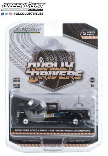 Greenlight 1//64 Dually Drivers Series 5 Pickup /& Service Trucks 46050