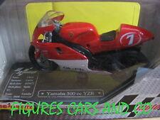 MOTO GP 1/18  YAMAHA 500 YZR CARLOS CHECA #7  Q8 OILS  2000 MAJORETTE