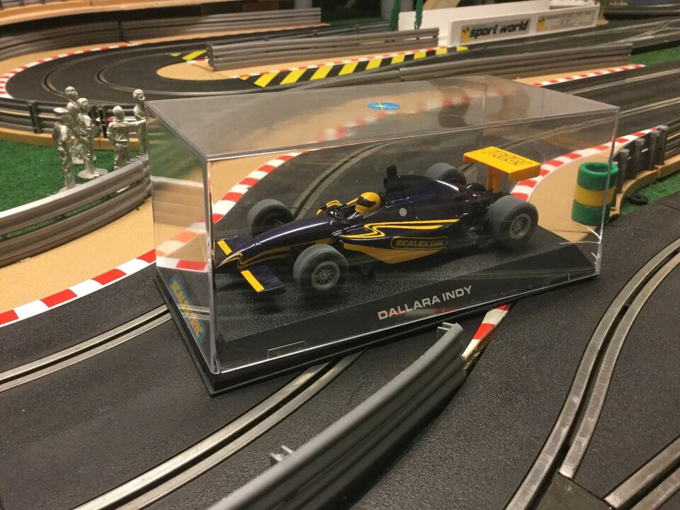 Racerbil, Scalextric Analog, skala 1:32