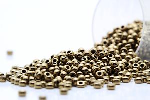 Miyuki Round Rocailles 11//0 Metallic Bronze Seed Beads RR-457L