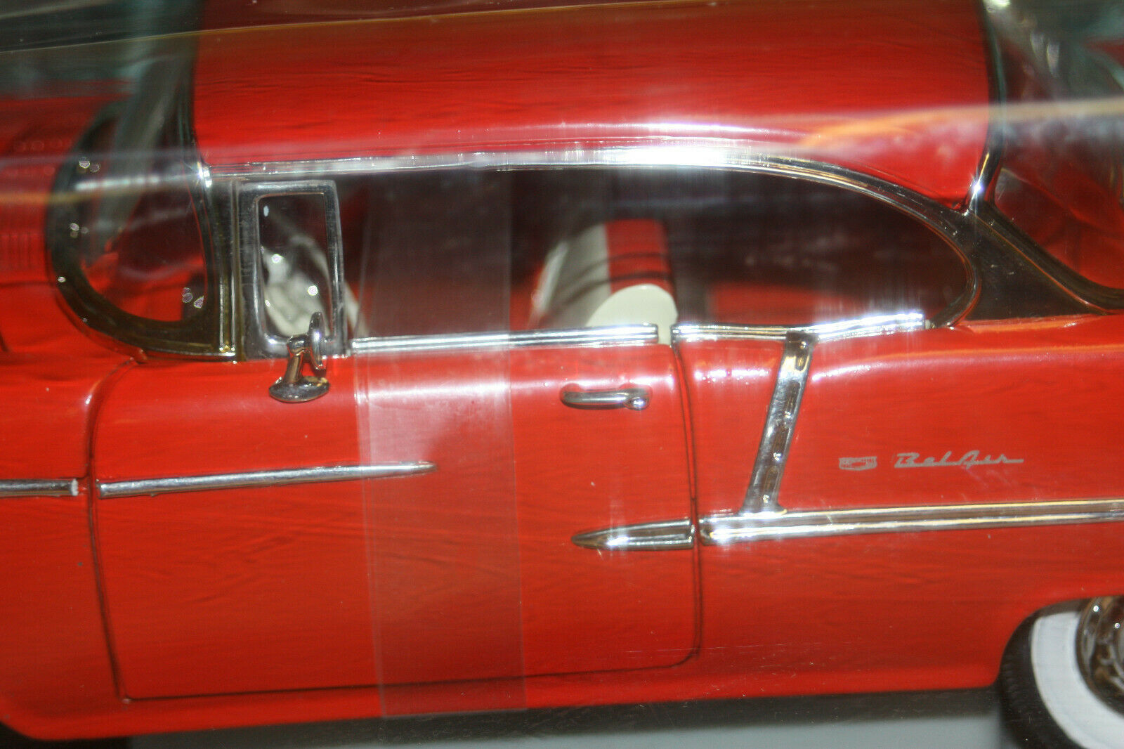 ERTL Collectibles American Muscle Muscle Muscle - 1955 Chevrolet Bel Air - Red - 1 18 Diecast 6b1390