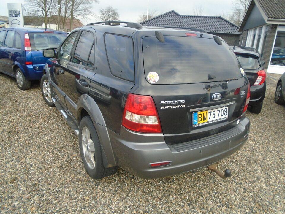 Kia Sorento 2,5 CRDi Silver E Van Diesel modelår 2006 Sort km