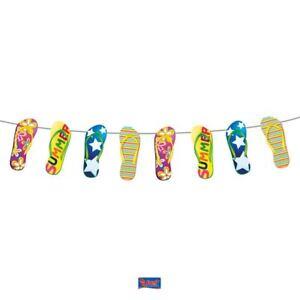Guirlande-tongs-hawaiienne-decoration-fete-banderoles-ete-vacances-flip-flop-bbq