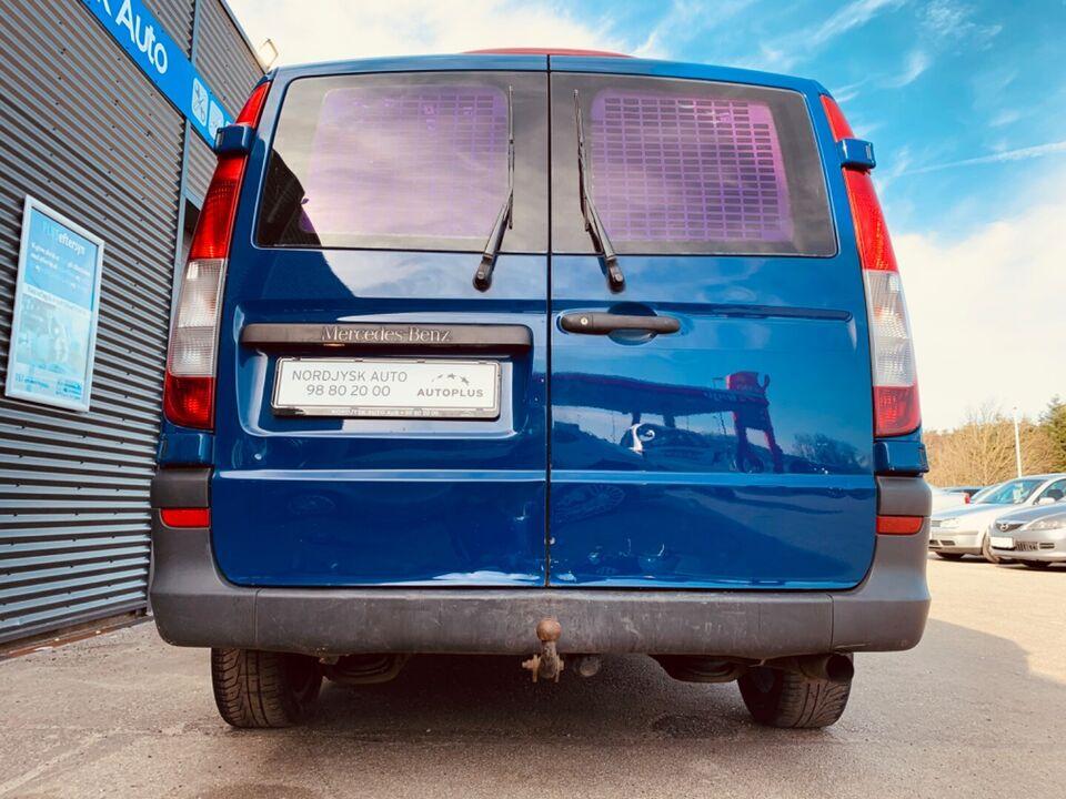 Mercedes Vito 111 2,2 CDi kort Diesel modelår 2006 km 200000