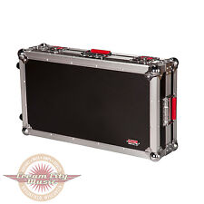 Brand New Gator G-TOUR Pedal Board Large with Wheels