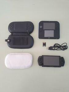 Console nintendo 2ds / Sony psp / accessoires ( pour pièces )