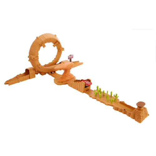 Disney Pixar Cars 3 Willy/'s Butte Transforming Track Set Lightning McQueen New!