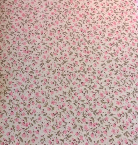6100-1-5 1 x Half Metre Length Sevenberry Mini Floral Flower print Fabric
