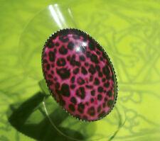 PINK LEOPARD PRINT ADJUSTABLE RING HOT PINK ANIMAL PRINT ROCKABILLY 18 X 25 MM