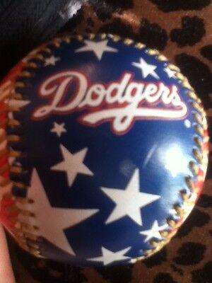 VTG Los Angeles Dodgers Baseball Red White Blue Star Wiggly Wave USA Flag Stripe