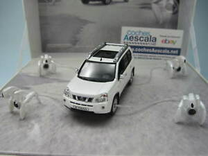 Nissan-X-trail-xtrail-T30-Cofre-Spot-TV-Norev-1-43-cochesaescala