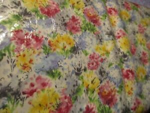 1-Yard-New-Cotton-Fabric-Flowers-Alfresco-in-Pink-Blue-Yellow-by-Michael-Miller