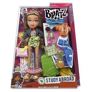 Bratz Study Abroad Doll – Yasmin to Brazil