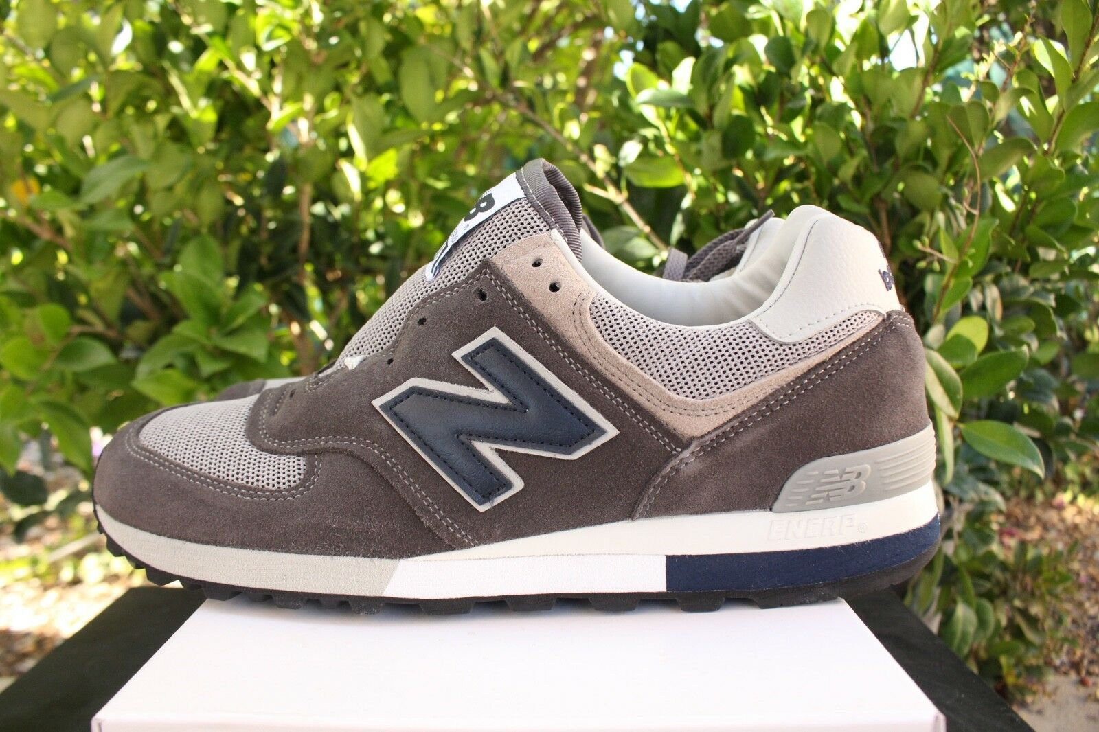 NEW BALANCE 576 MADE IN THESZ 8 Gris NAVY Bleu Blanc OM576OGG