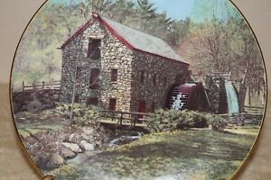 BRADFORD-EXCHANGE-034-Wayside-Inn-Grist-Mill-034-1991-collectible-plate-6303A-w-box