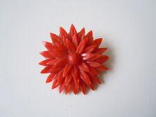 Antike Brosche geschnitzte Natur Koralle Rückseitig Perlmutt 9,7 g / Ø 3,7 cm
