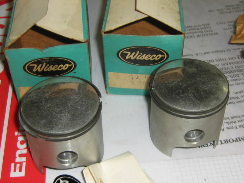 Vintage chaparral440 pistons and rings 18mm pin +.010
