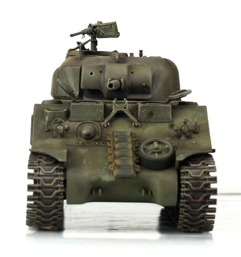 Verlinden Built 1 35 WWII USMC Marines M4A2 Sherman Original Display  VPBM4A2