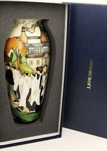 Moorcroft-THE-WALK-stunning-Ltd-edition-of-100-worldwide-1st-quality-amp-boxed
