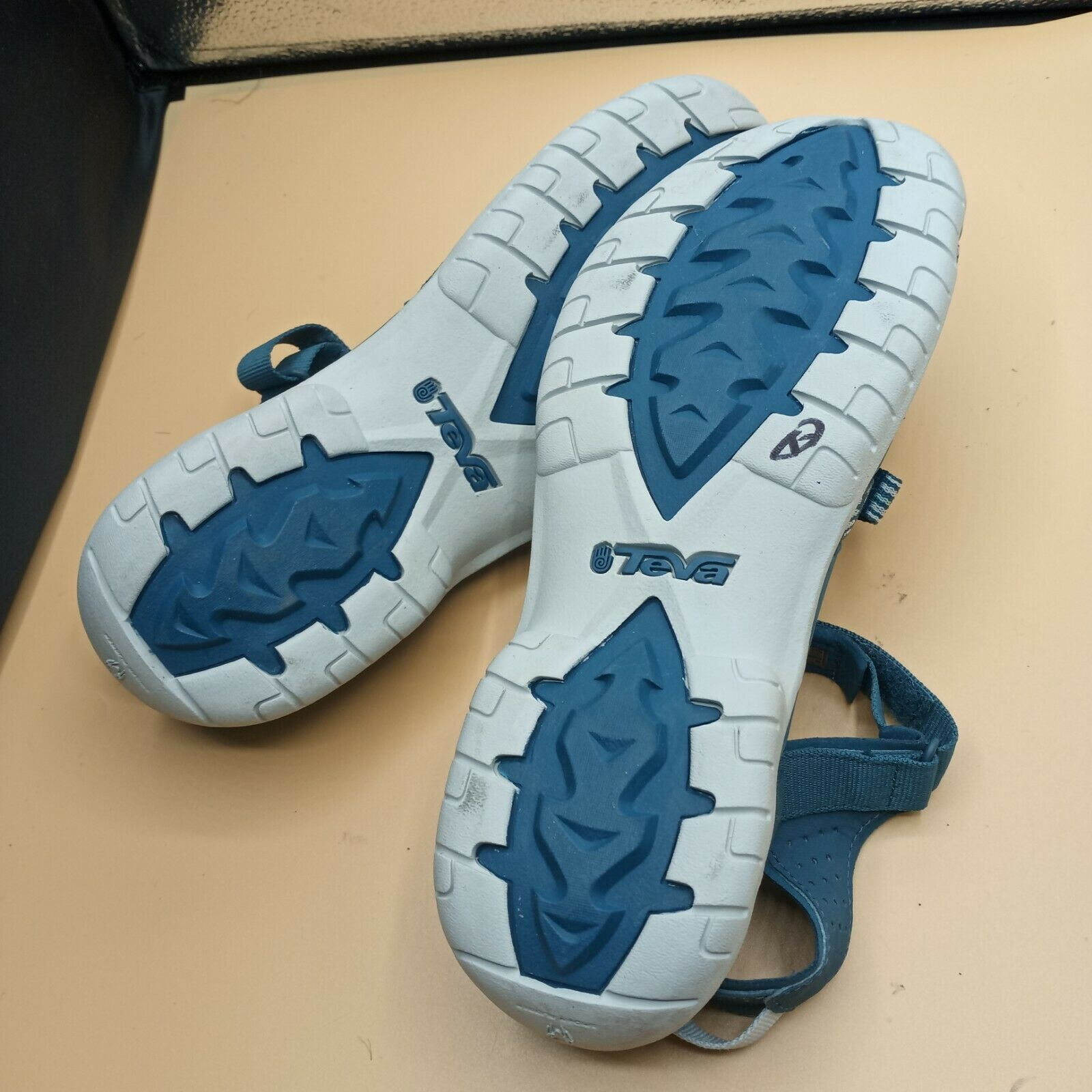 Teva Women Sandals 11 - image 9