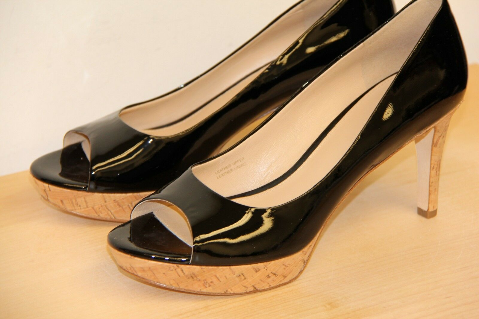 NIB Via Spiga ALEXIS Real Cork Leather Black Heels Pumps Peep Toe Sz 9 M $225