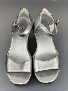 Eillen Fisher Ankle Strap Buckle Sandals Wedge Heel Casual Shoes Size 8.5