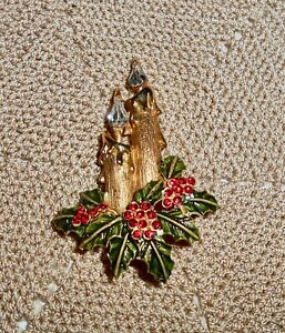 Vintage-Christmas-Candle-Holly-Berry-Brooch-Pin-Rhinestone-Gold-Tone-C208