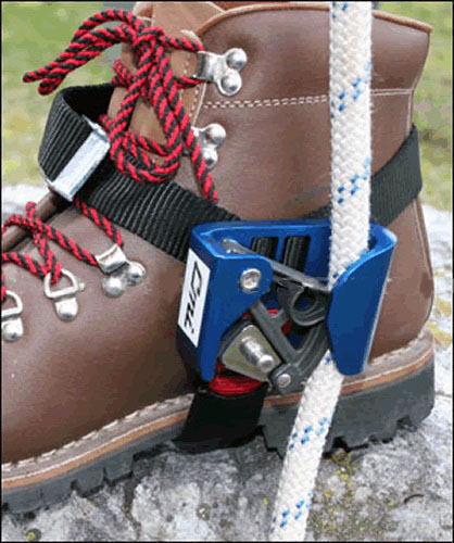Arborist Foot Ascenders,CMI Foot Ascender,Aluminum Body,1 2 Capacity- (L)