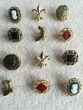 Dress It Up Botones ~ ~ camafeo Victoriano Miniaturas ~ Botas ~ Flor De Lys