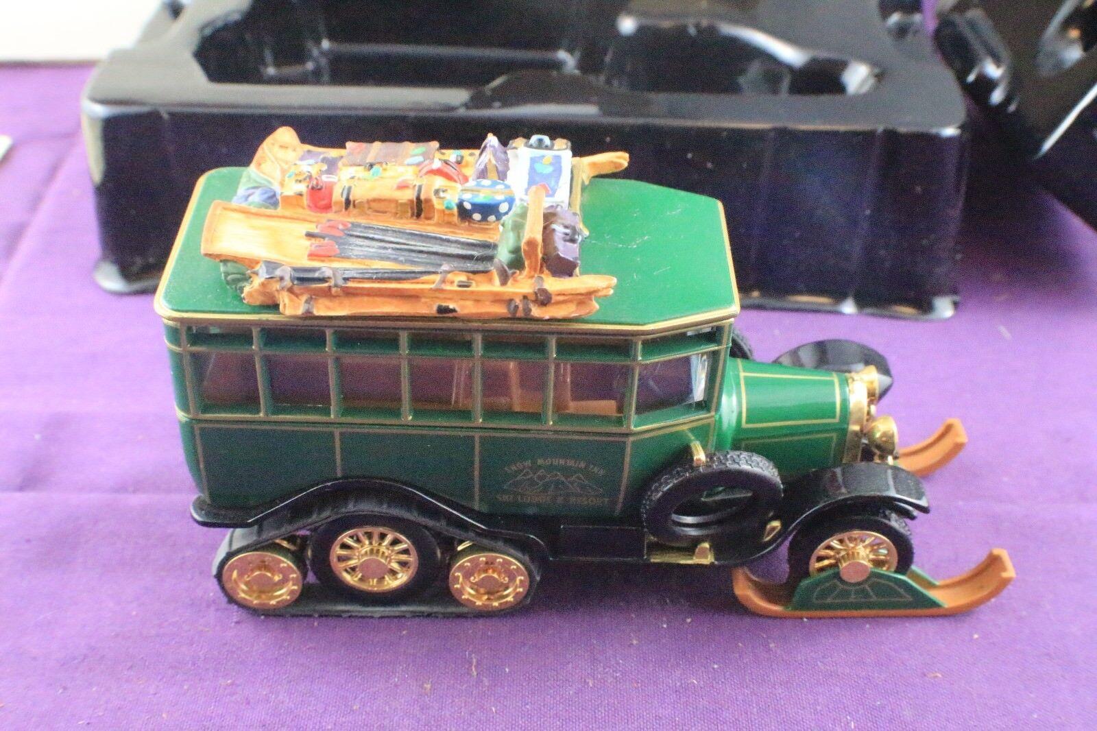 Matchbox Collectibles YY35 SB-M 1923 Scania Vabis Bus  Snow Mountain Inn