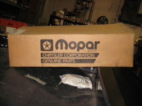 MOPAR OEM 318//360 CYLINDER HEAD; 4343723