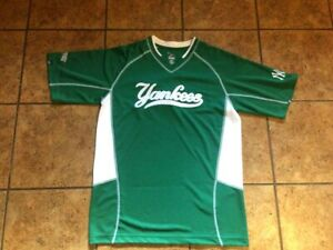 best service 69a4e 51ca8 Details about New York Yankees Adult Medium St. Patrick's Day jersey by  Majestic