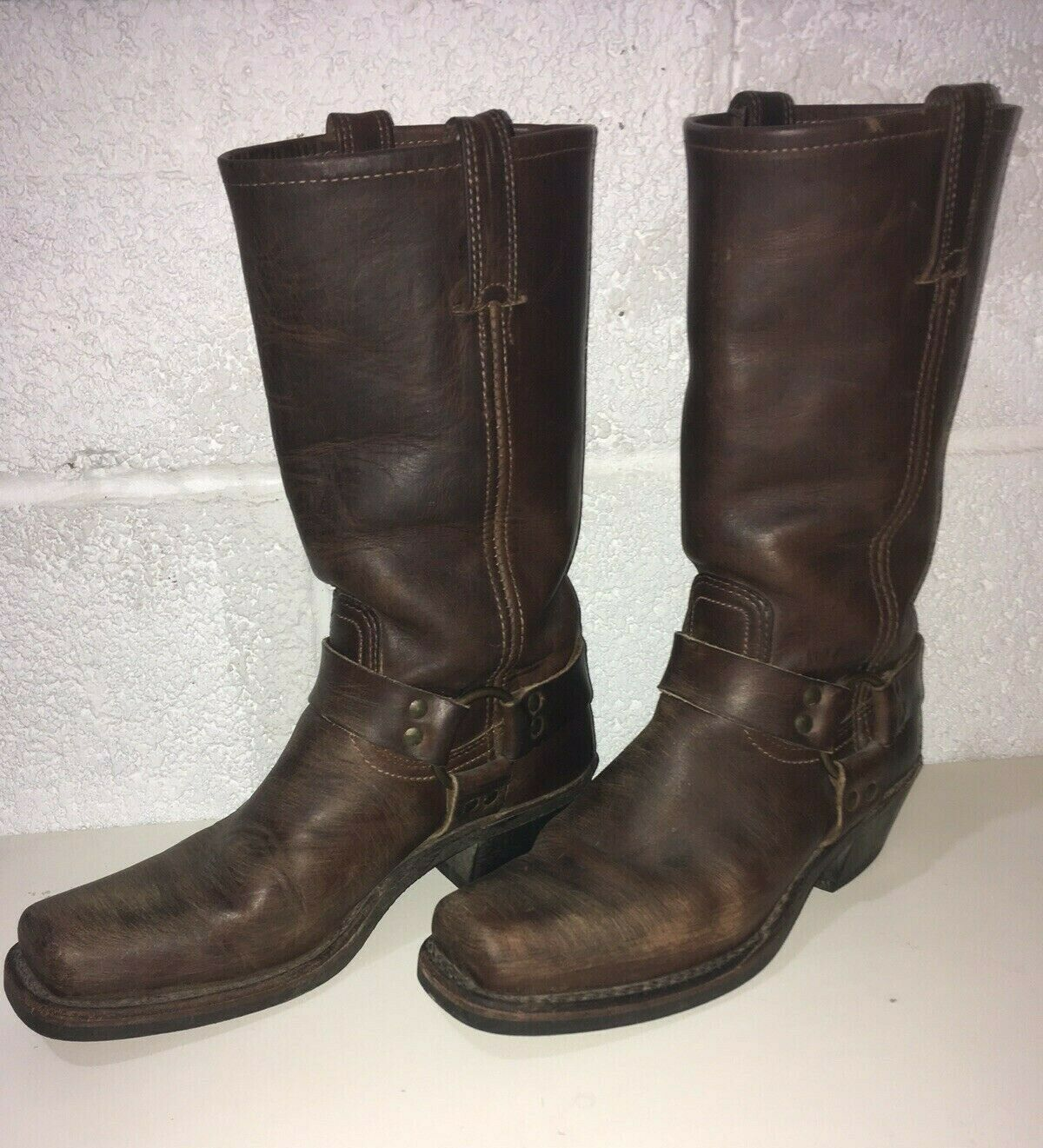 FRYE 77300 12R Harness Dimensione 8M Marronee Leather Mid Calf Motorcycle stivali donna's
