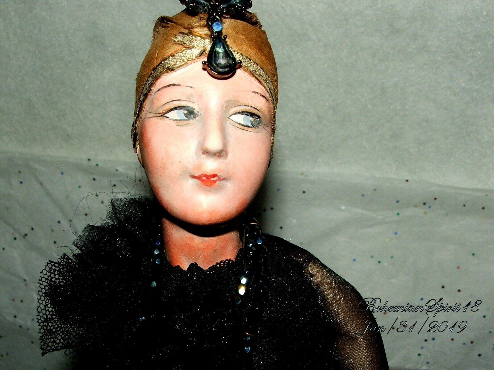 Raro Antiguo Década de 1920 Aleta Negro Encaje Vestido Porcelana Biscuit muñeca de tela