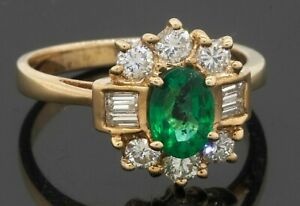 14K gold 1.60CTW VS/G diamond/6.9 X 5mm Oval cut emerald cocktail ring size 6.5