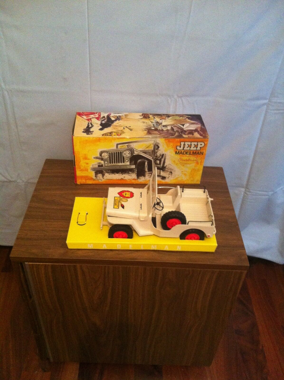 VINTAGE MADELMAN SPAIN VINTAGE   SAFARI JEEP   BOXED   FIRST EDITION
